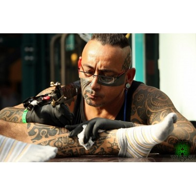 https://tattoomagazin.com.ua/image/cache/catalog/blog/4d95d49cefdfc4f75c5d1396320dae93-400x400.jpg